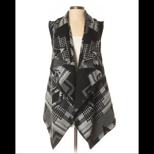 Black and Gray Cardigan Size M